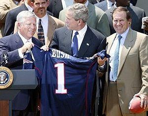 300px-Bob_Kraft-George_Bush-Bill_Belichick